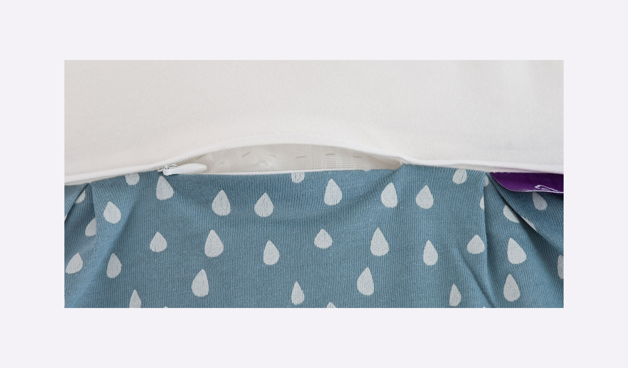 S0102701 - sleeping bag drops ocean blue